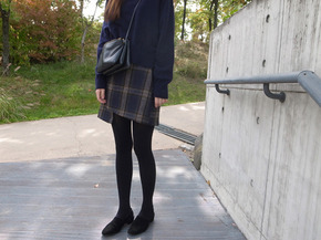 wool check skirt : navy