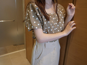linen dot blouse 입고지연