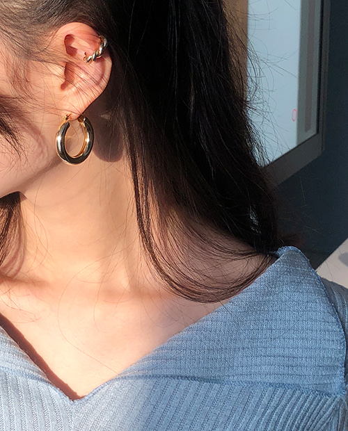 point ring earring