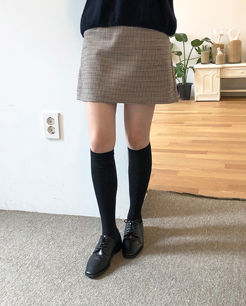 basic knee socks